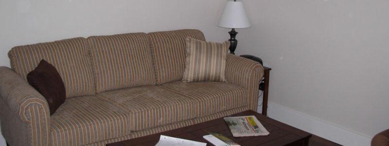 Livingroom   Cozy Nest Executive Guest House, Melville SK